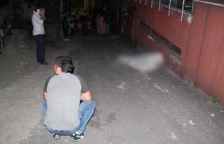 Ereğli´de bir kişi sokak arasında ölü bulundu