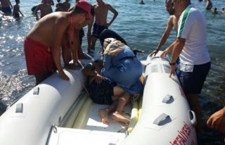Ereğli´de denize giren 11 kişi boğulmaktan...