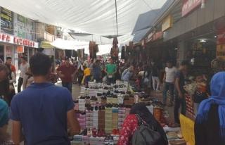 Alaplılı vatandaşları alışveriş heyecanı sardı