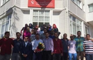 AK Parti Gençlik Kollarından Huzurevine ziyaret