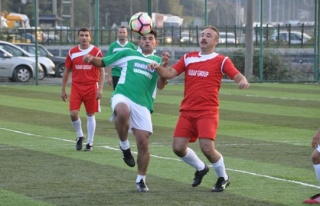 Belediye personeli futbol turnuvası başladı