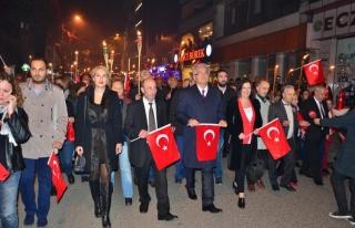 Cumhuriyet Bayramı kapsamında yürüyüş ve fener...