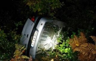Kontrolden çıkan otomobil, uçuruma yuvarlandı:...