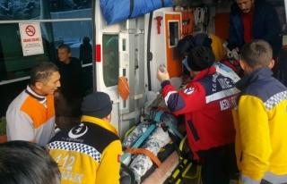 Bodrum kata düşerek kalbi duran işçi hayata döndürüldü