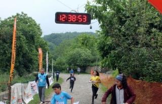 Bin 625 sporcu katılıyor