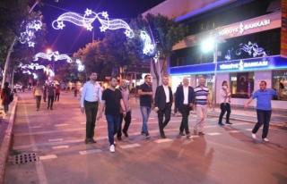 İstanbul caddesi aydınlatmalar aktif halde
