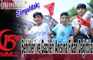 Kilimli'de 15 Temmuz Şehitler Anısına Fidan dağıttılar