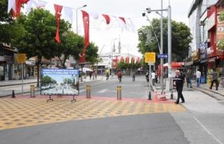 İstanbul Caddesinde saat uygulaması