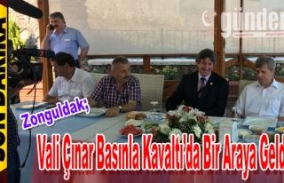 Vali Çınar Basınla Kahvaltı'da Bir Araya Geldi.