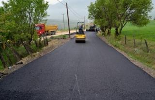 köy yollarında başlatılan asfaltlama