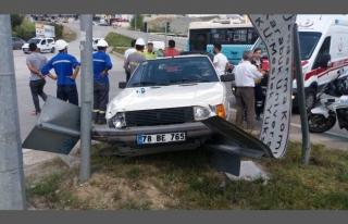 Balıklar Kayası Mevkisinde Kaza: 2 Yaralı