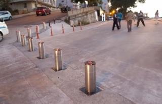 Çınar caddesinde Sensörlü dubalar yerlerine kondu