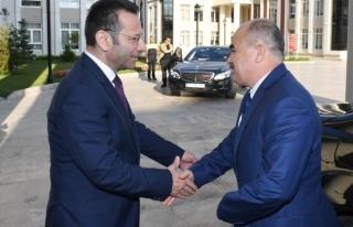 Vali Dağlı, Kocaeli Valisi Aksoy'u ziyaret etti