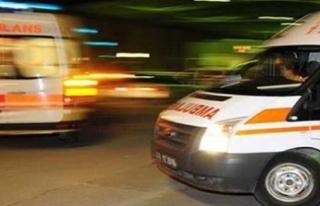 Karabük'te Motosiklet otomobile saplandı