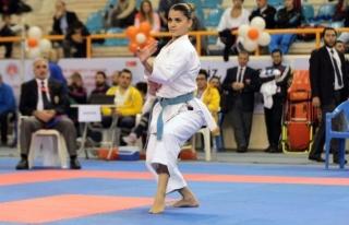 Düzceli Dilara Dünya Karate Şampiyonasına Gidiyor