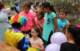 SAKEM bünyesi Bilgi Evi öğrencileri ile piknikte