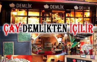 Zonguldak Demlik Cafe; Çay Demlik'ten içilir...
