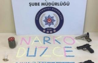 Düzce polisinden uyuşturucu operasyonu...