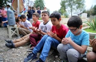 Beyköy Beldesinde İlkokul öğrencilerinden duygulandıran...