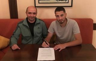 Karabükspor Grozav ile ön sözleşme yaptı