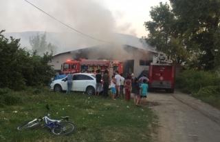 Üç Köprü Köyünde Fabrika Yangını