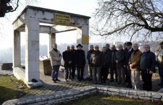 Devlet Sanatçısı Ataman mezarı başında anıldı...