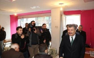 """Sağlık Bakanı Koca: """"Belediyelerin hastane hizmeti verebilirliği uygun bir yaklaşım tarzı değil"""""""