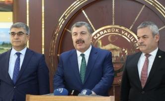 """Sağlık Bakanı Koca: """"Fırsatçılık yapanlara izin vermeyeceğiz"""""""