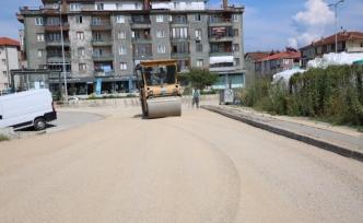 Yol ekipleri çalışmalarını sürdürüyor