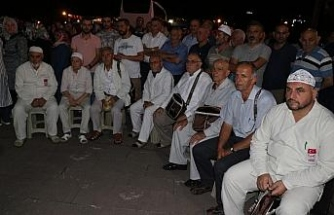 36 kişilik hacı kafilesi dualarla uğurlandı