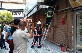 Küçük çaplı yangın vatandaşı meraklandırdı!