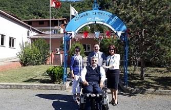Demirsu'dan Engelliler Derneği'ne ziyaret
