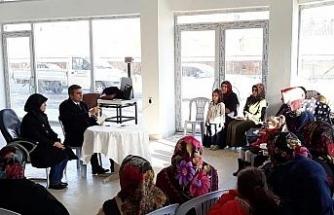 Başkan Yemeniciye kadınlardan büyük ilgi