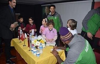 Basketbolcular çocuklarla buluştu