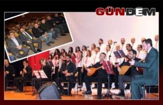 Hasta öğrenci yararına konser düzenlendi