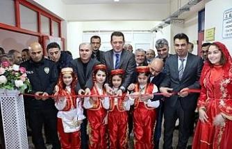 Kanuni Ortaokulu'nda 'Edebiyat Sokağı' açıldı