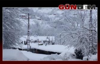 Elvanpazarcık'ta karla mücadele