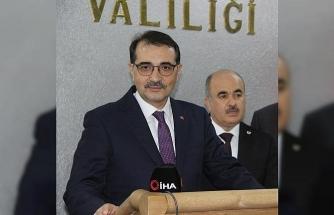 """Bakanı Fatih Dönmez: """"Konuları yerinde dinliyoruz"""""""