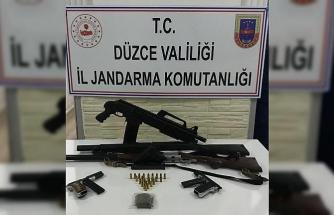 Jandarma hırsız kapanı uygulamasında silah ele geçirdi