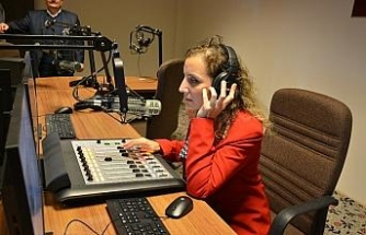 Radyodüet Çanakkale türküsü ile yayın hayatına başladı