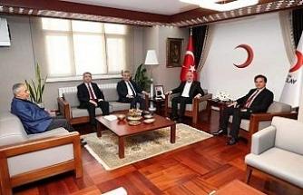 AK Partili vekiller Türk Kızılayı Genel Başkanı Kınık'a başarılar diledi