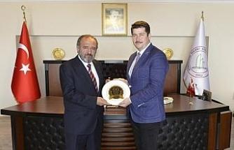 Genel Başkan Çatalcam, BEÜ Rektörüne TEKDER'i anlattı