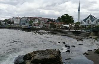 Karadeniz'in rengi değişti!..