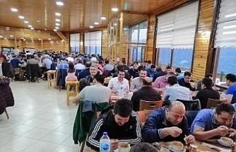 Yeniceli Kardemir çalışanları  iftar yemeğinde buluştu