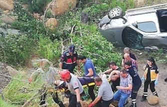 Araç şarampole yuvarlandı: 1 yaralı
