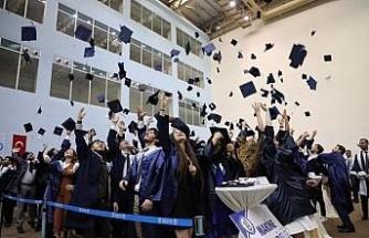 Bartın Üniversitesi 11'inci mezunlarını uğurladı