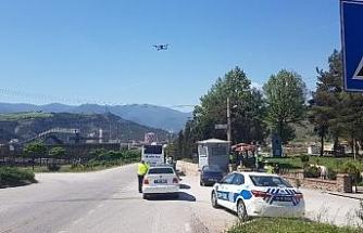 Emniyet kemerini takmayan sürücüler 'drone' ile tespit edildi