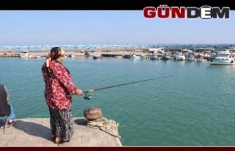 Karadeniz'de olta balıkçıları da sezondan umutlu değil!..