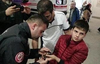 12 yaşındaki çocuk kurcaladığı vanaya parmağını sıkıştırdı