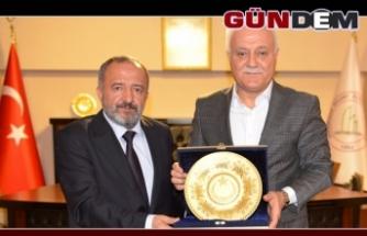 Hatipoğlu'ndan Rektör Çufalı'ya ziyaret...